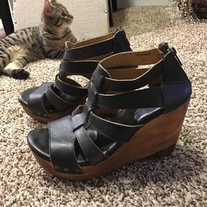Bed Stu wedges